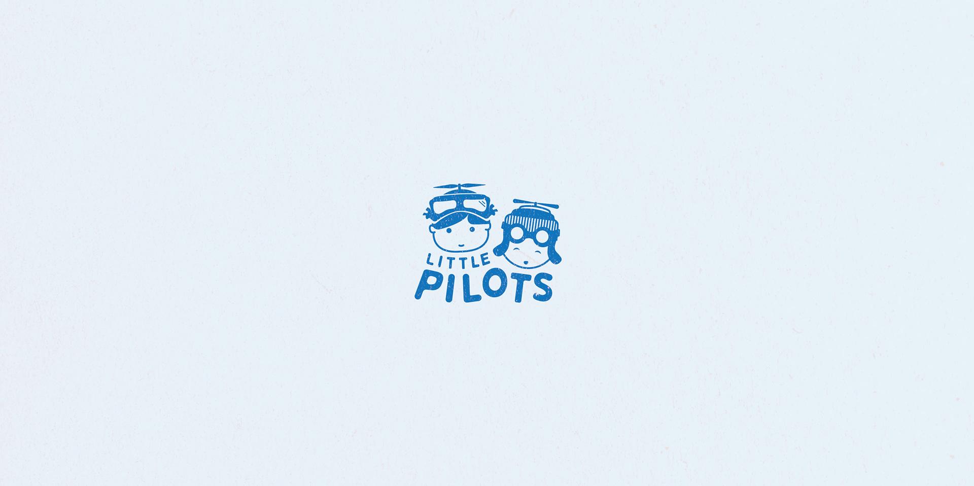 little pilots logo background